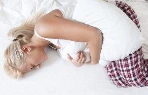 симптомы при кисте в яичнике